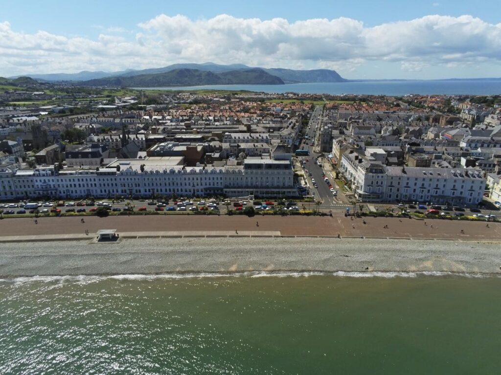 The Victorian coastal resort town of Llandudno in North Wales is an ideal location to Tour and Stay